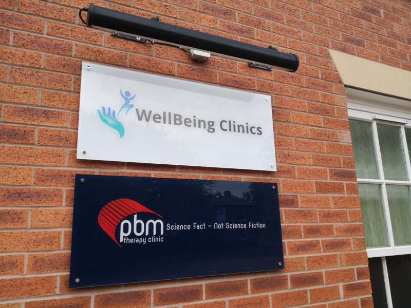 PBM Therapy Clinic External Sign